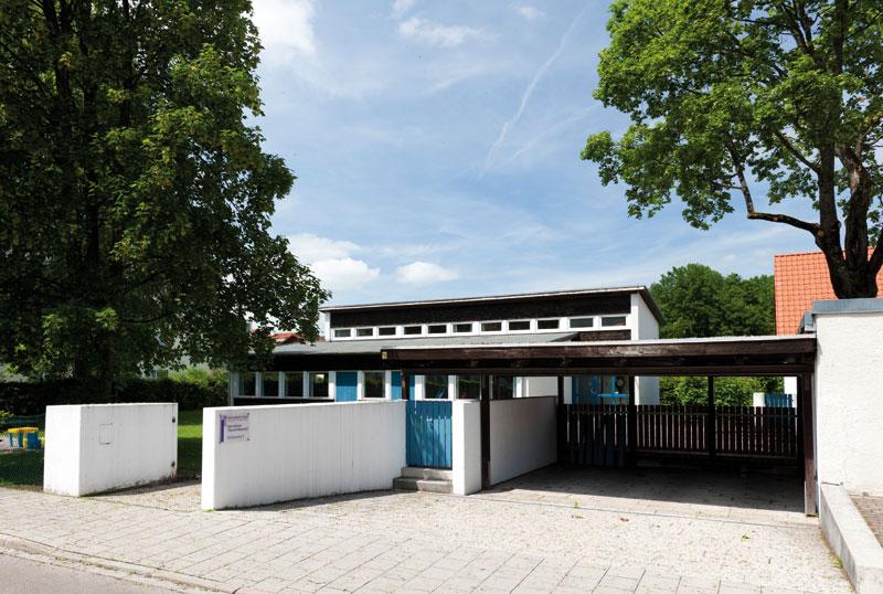 Gemeindehaus von außen